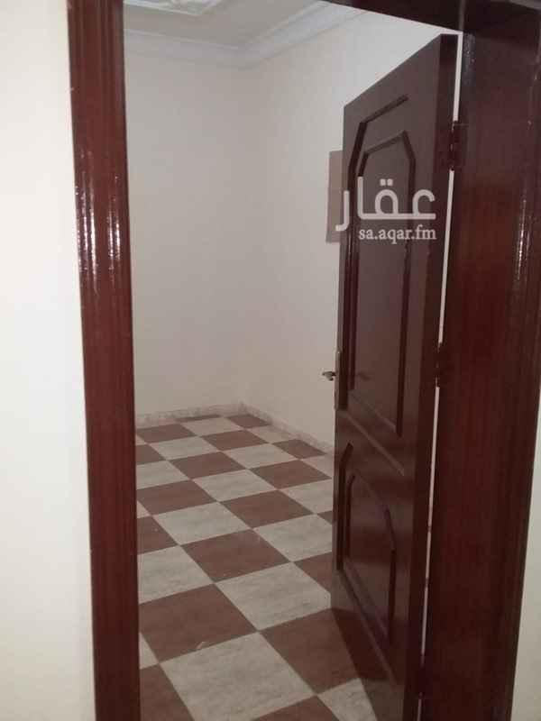 1443004 شقه بحي الاجاويد ثلاث غرف وصاله ومنافعها للايجار الشهري اجارها السنوي 15 الف ريال