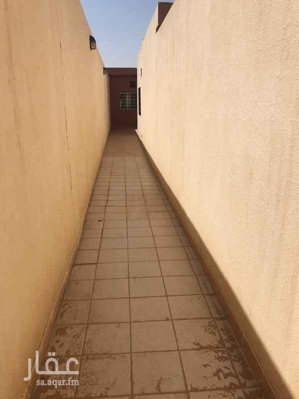 1696962 غرفتين ودورة مياه ومطبخ الدفع كل ست اشهور او سنة  شامل كهرباء وماء
