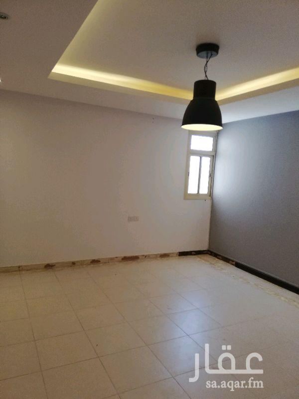 1632695 شقة ٣ وصالة سطح خاص بمظلة في حي السليمانية ممتازة ومرتبه راكب مكيفات أسبلت ومطبخ الغرف واسعة ب ٣٥ الف دفعتين ( سيتم عمل صيانة لها كاملة)