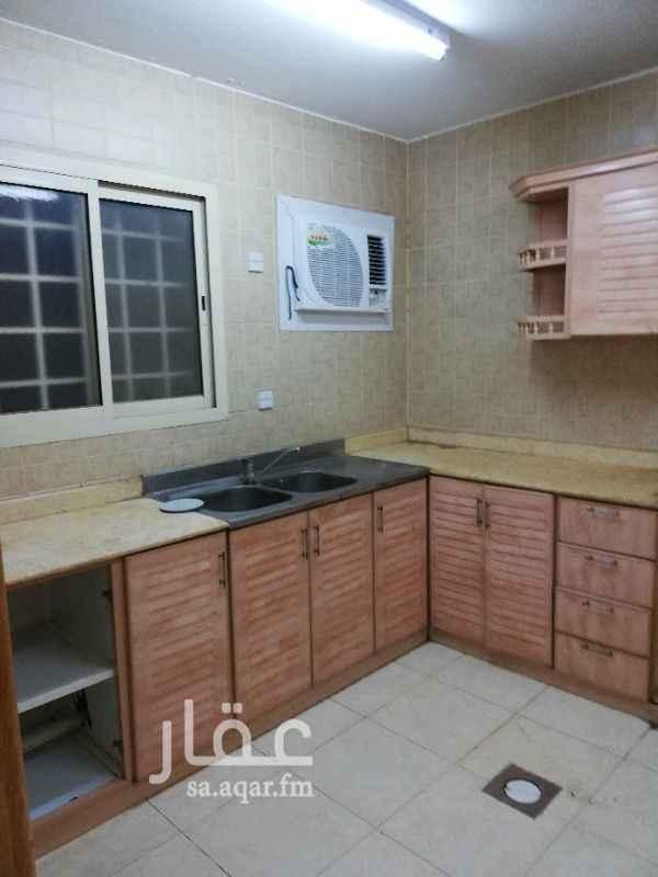 1683109 شقة ٢ وصالة ممتازة راكب مكيفات ومطبخ سطح خاص تشطيب ممتاز ب ١٩ الف دفعتين