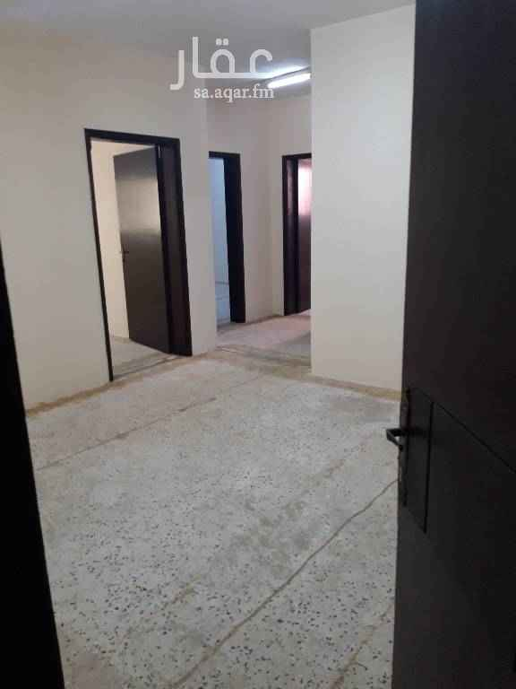 1598756 Family Flats for rent Three rooms Kitchen  Two bathrooms  Two access  Asking SAR 1,500 per month.  Newly refurbished.