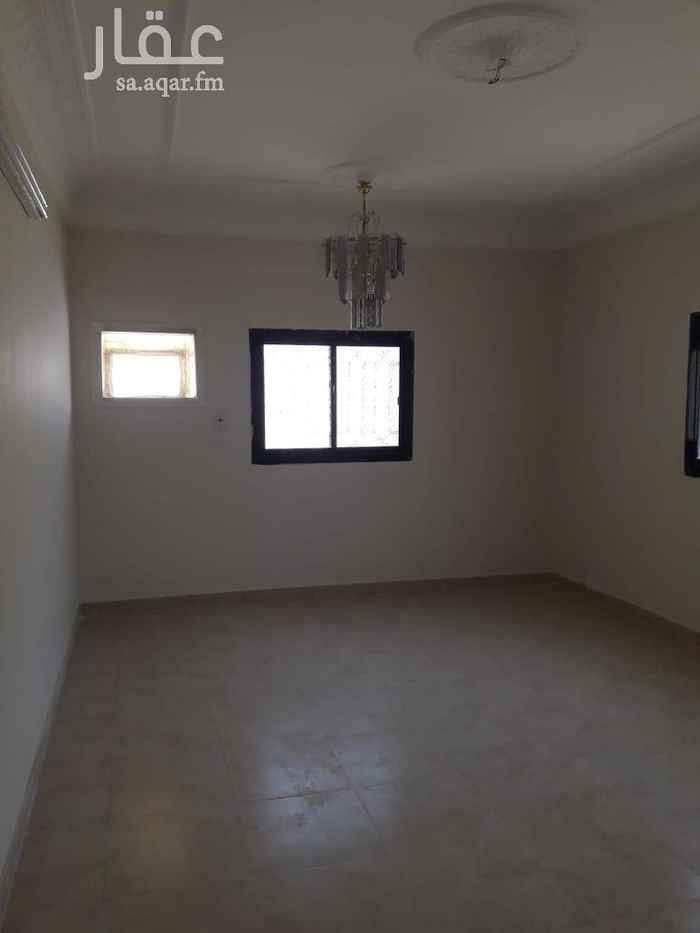 1675469 السلام عليكم  الشقة  5 غرف وصالة كبيرة  ومطبخ 3 حمام  وآحد  مدخل معزولة المطلوب  25 الدور الأول. وشكرا