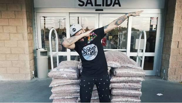 Aprovecha error de Soriana y se lleva 450 kilos de croquetas en 333 pesos
