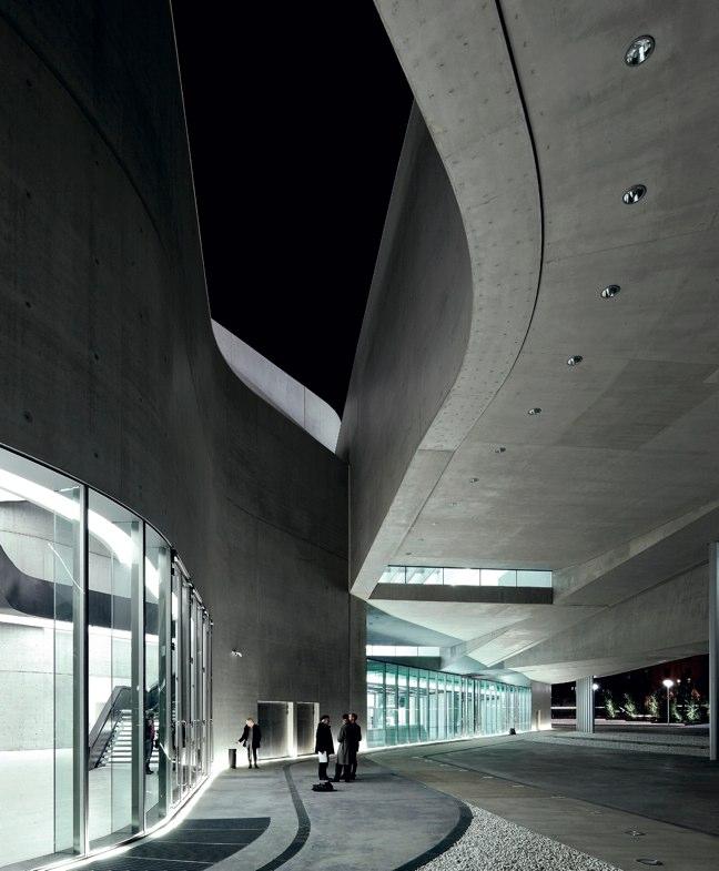 AV Monografías 139 MUSEOS del MUNDO Twelve World Museums - Preview 9