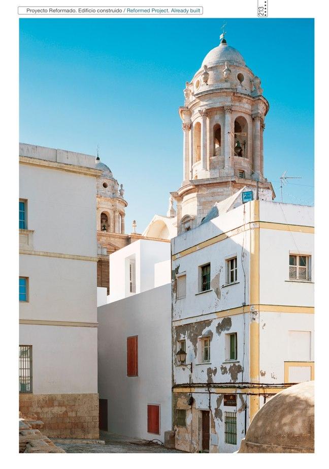 Housing in El Populo. Casa del Plátano – Book / Plane Tree House, MGM Morales de Giles - Preview 34