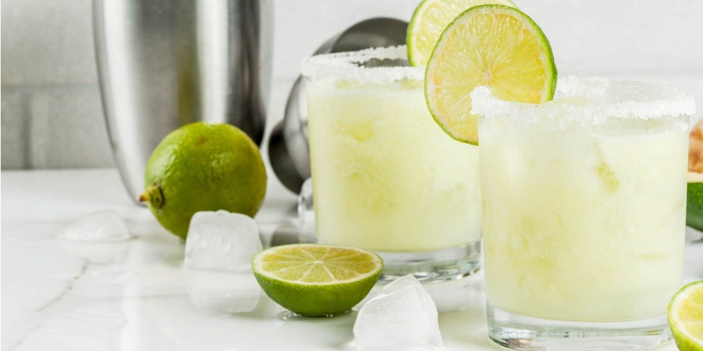 avocado-and-lime-margarita-picture-id862453044.jpg#asset:15922