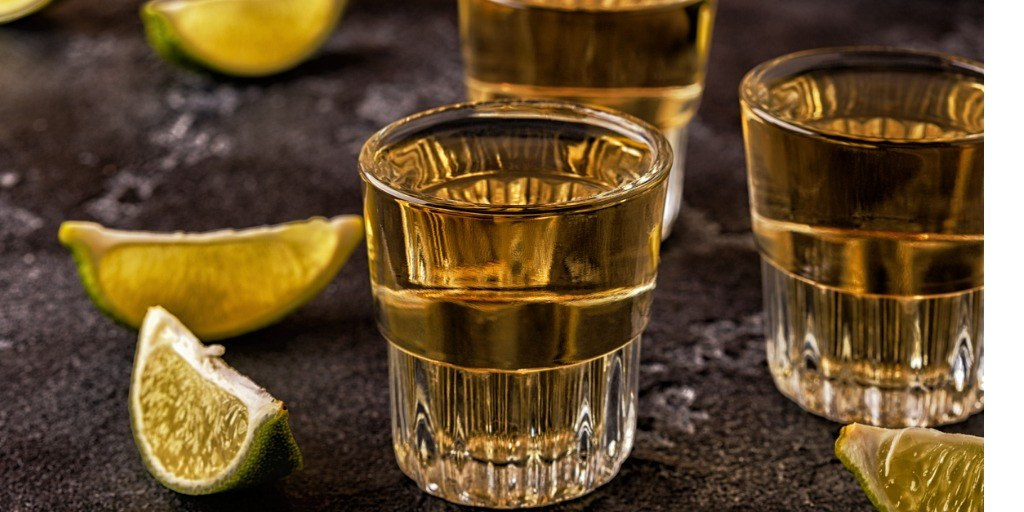 tequila-in-shot-glasses-with-lime-and-salt-picture-id901493138.jpg#asset:15875