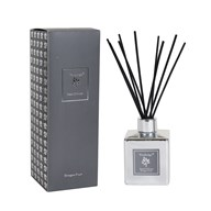 Woodbridge Dragon Fruit Reed Diffuser