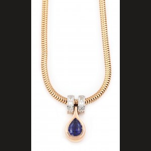 Splendid colier cu pandantiv din aur, decorat cu safir și diamante
