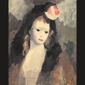 Tânără femeie cu pompon roșu