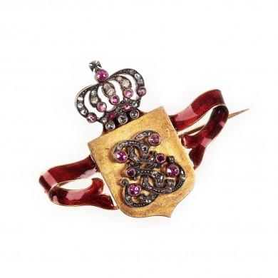 Rară broșă din aur Joseph Resch, decorată cu cifrul regal, diamante, safire roz și email, cca. 1900, piesă de colecție