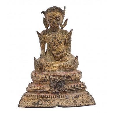 """Statuetă din fier aurit, reprezentându-l pe Dhyani Buddha Akshobhya, unul dintre """"Cei cinci Buddha ai înțelepciunii"""", Thailanda, sec. XVIII"""