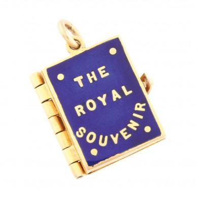 Pandantiv comemorativ, din aur și email, cu micro-portrete regale