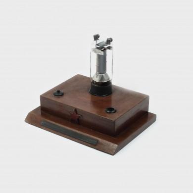Curios dispozitiv de bruiaj, utilizat de serviciile de inteligență maghiare, anii '40