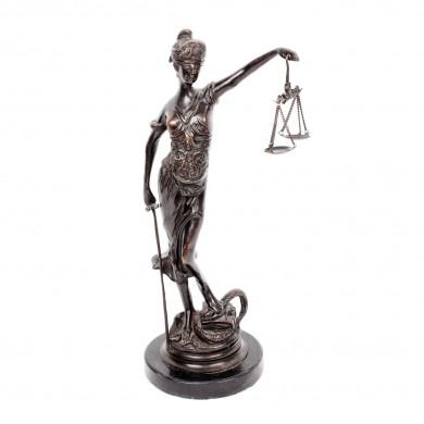 Statuetă decorativă dedicată Justiției, pentru birou