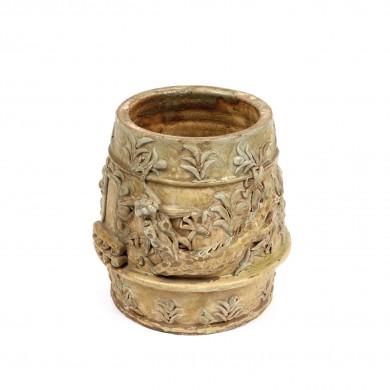 Vas din ceramică celadon, decorat cu motivul dragonului la intrarea în templu, perioada dinastiei Yuan, probabil Longquan, China, sec. XII-XIII