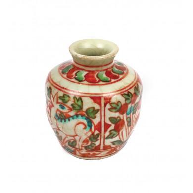 Vas miniatural din ceramică, decorat cu bujori și căprioară, simbol ocrotitor, dinastia Ming, China, sec. XIV-XVII