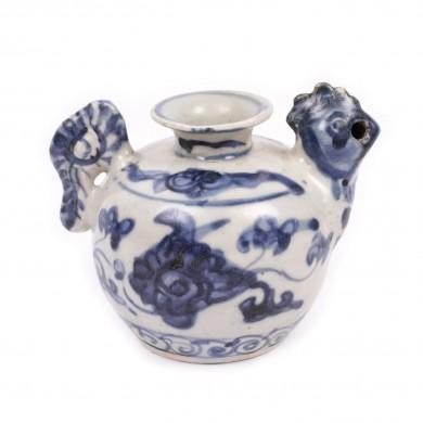 Bol din porţelan, în formă de cocoș, perioada dinastiei Ming, China, sec. XVII
