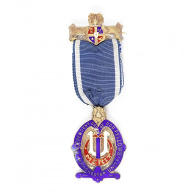 "Ordin masonic din argint aurit al ""Independent Order of Oddfellows"", prezentat lui J. Stephenson, 1932"