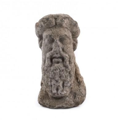 Zeus, fragment de statuie din marmură, Callatis, sec. II-I î.e.n., provine din colecția dr. Horia Slobozianu