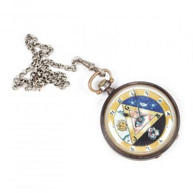 Ceas de buzunar, decorat cu însemne masonice, de colecţie