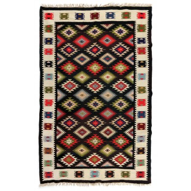 Oltenia wool rug, decorated with cross seals, the first part of the 20th century
