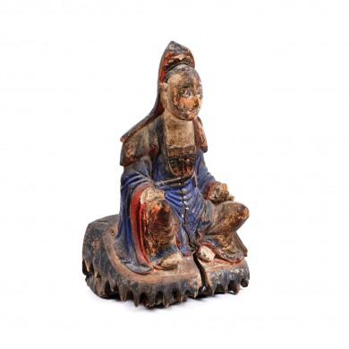 Statuetă din lemn exotic pictat, ilustrând un înțelept taoist, sfârșitul perioadei Ming, probabil China de Sud, sec. XVII-XVIII