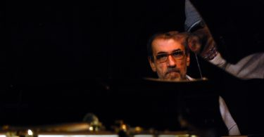 Kontrafouris piano photo 2 email