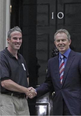 Tony Blair gets to meet Lewis Gordon Pugh!