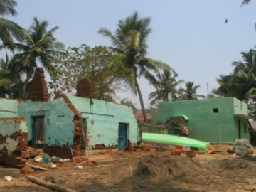 tsunami damage South India