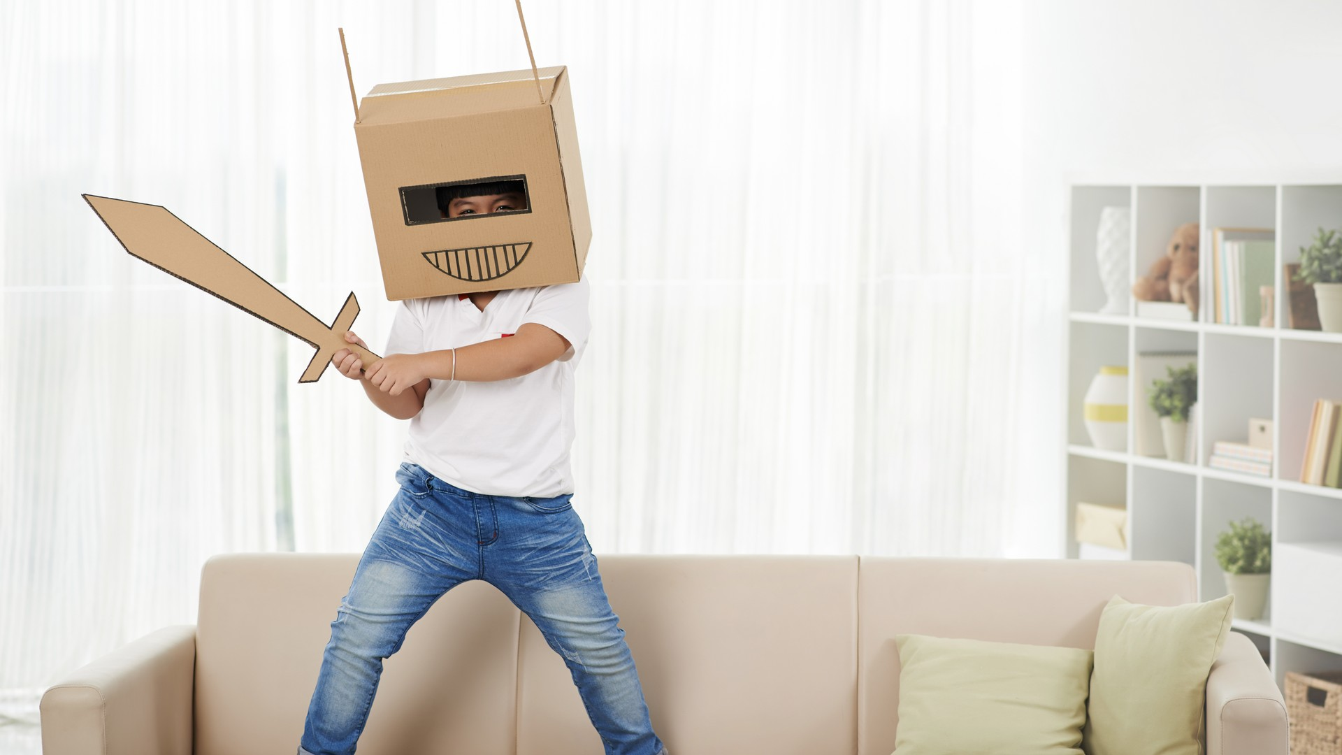 WAYS TO HELP CHILDREN COPE WITH A MOVE