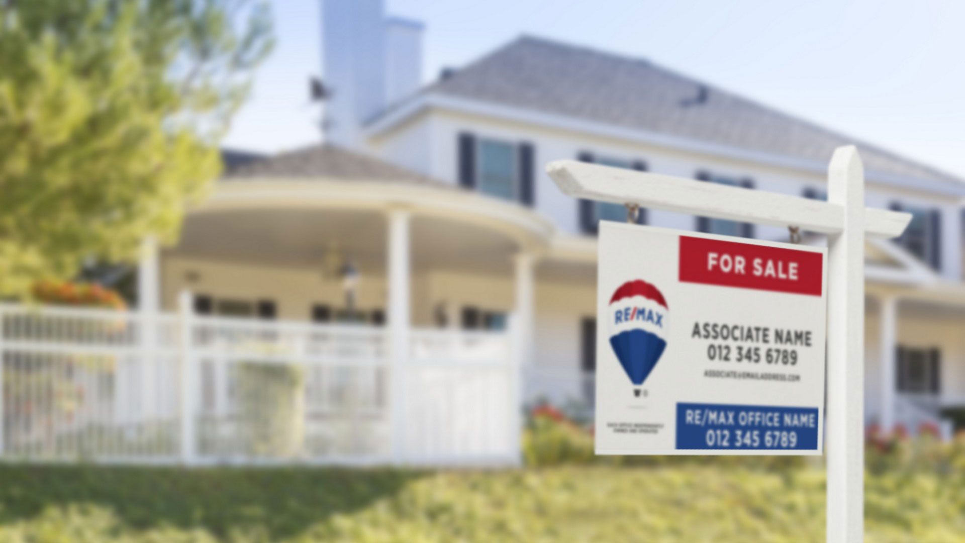 HOW USING A SIGNBOARD CAN HELP YOU SELL YOUR HOME
