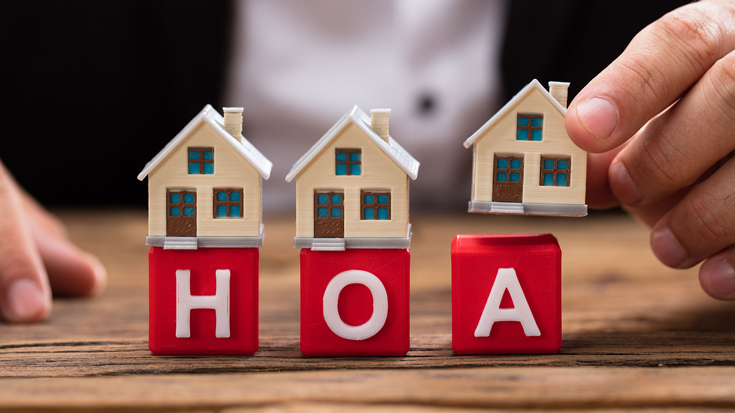 HOW TO DEAL WITH HOA'S WHEN BUYING INTO AN ESTATE