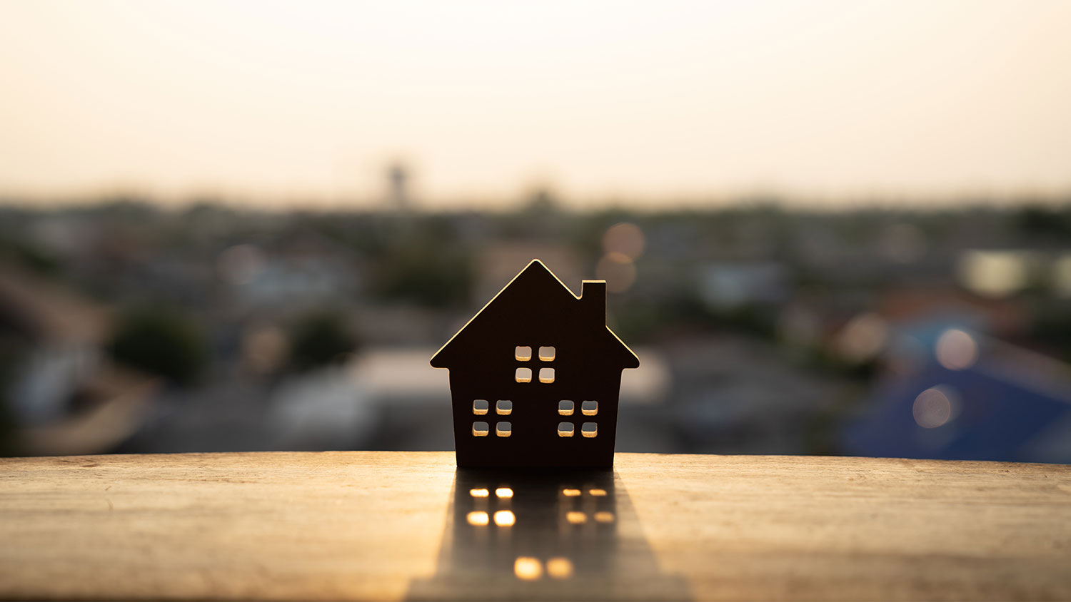 HOW TO SPOT PROPERTY INVESTMENT OPPORTUNITIES EARLY