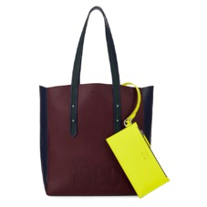 Aspinal x être cécile Essential Tote in Burgundy. Handbags & Clutches from Aspinal of London