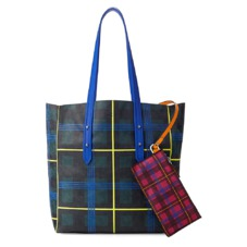 Aspinal x être cécile Essential Tote in Forest Green Plaid. Handbags & Clutches from Aspinal of London