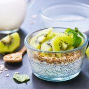 porridge-chia-kiwi- lait d'amande cuisine crue pourquoi manger cru