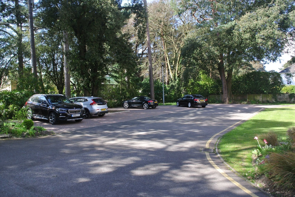 Manor Road, Eastcliff.