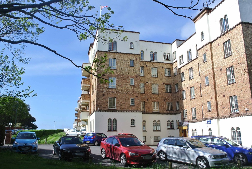 San Remo Towers, Boscombe Spa