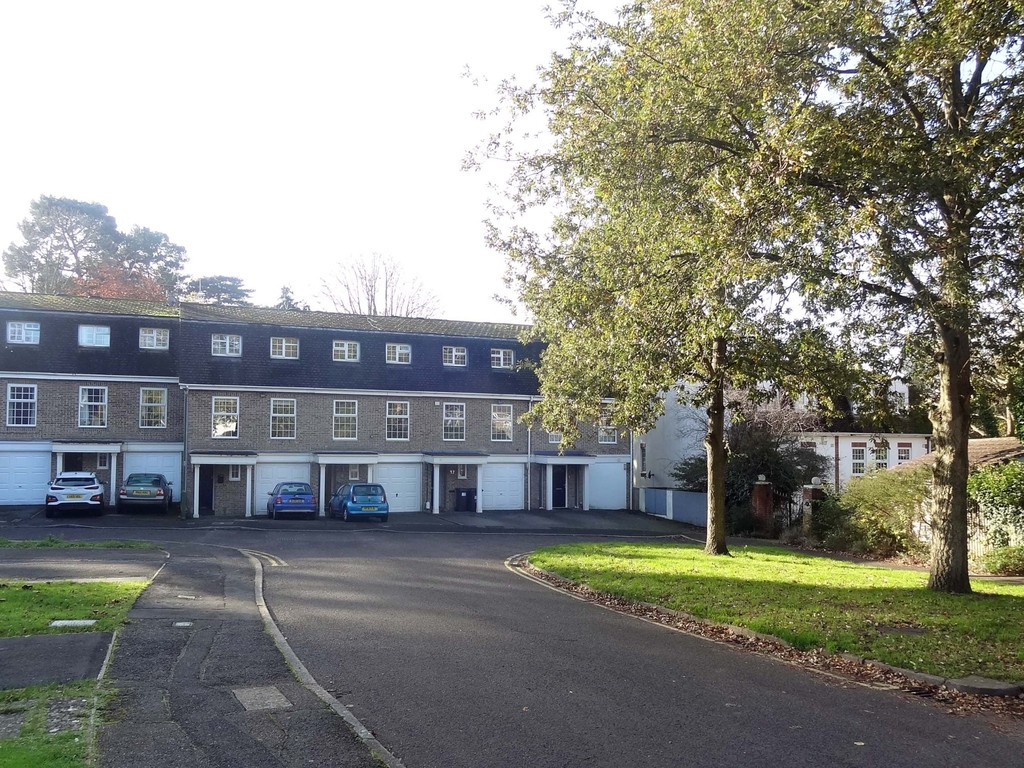 Silchester Close, Bournemouth