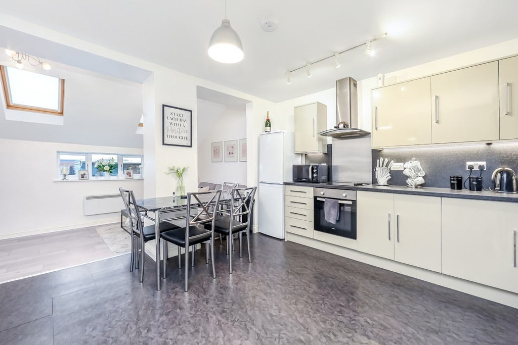 Flat 1, 15 Slipshatch Road, Reigate, RH2 8HA