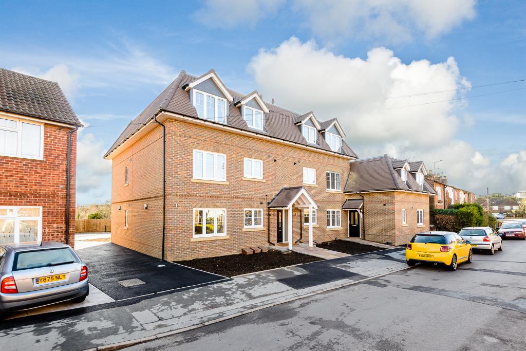 Flat 6, Ruby Court, 18 North Town Road, Maidenhead, Berkshire, SL6 7JF