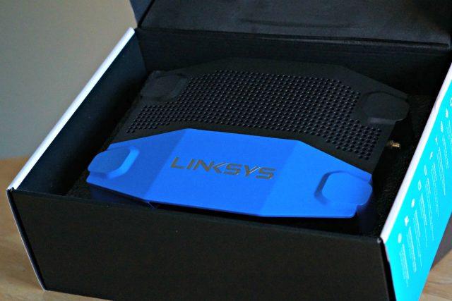 Linksys WRT 3200ACM box