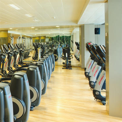 Gimnasio arsenal madrid 11 opiniones y 4 fotos for Gimnasio 24h madrid