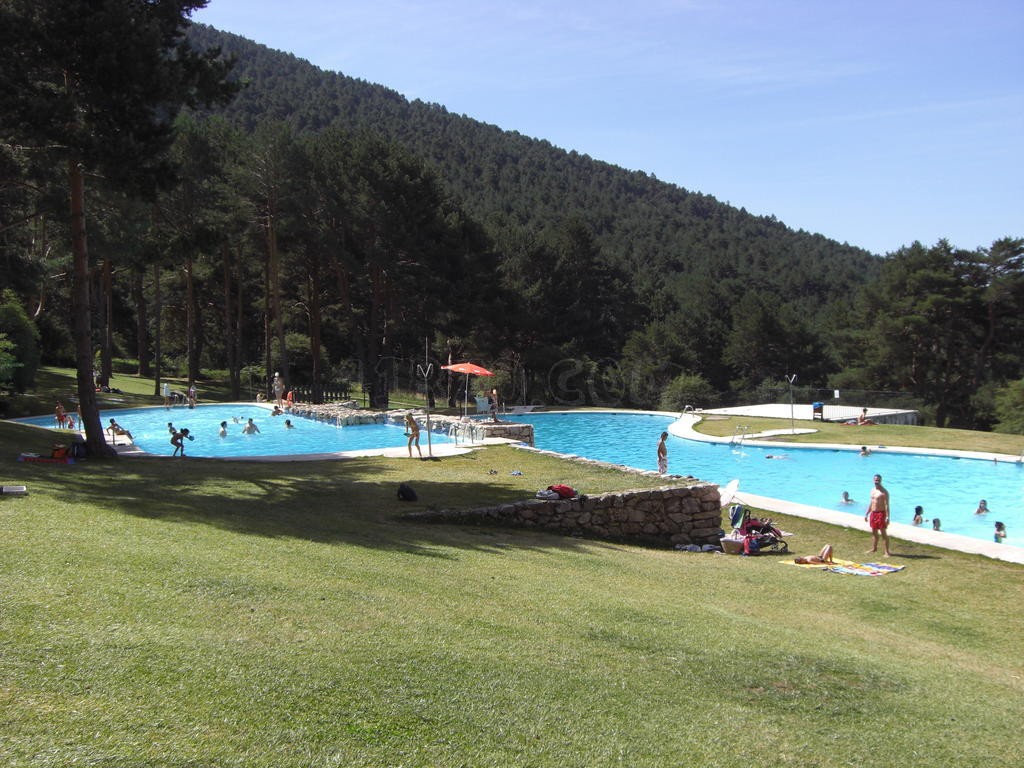 Parque recreativo las berceas foto subida por nieves el for Piscinas naturales de cercedilla