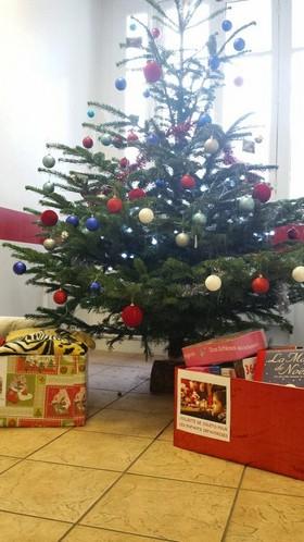 Le BDE ESUP Paris fête Noël pour ... eux ...!