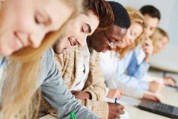 Le Programme Grande École des Écoles de commerce post-prépa -  Programme Master