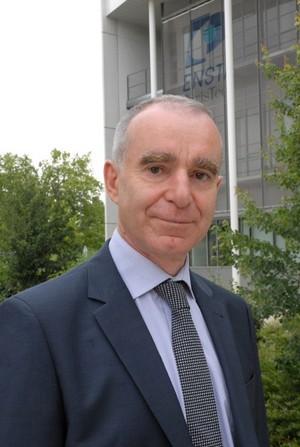 Gilles VERGNAUD prend les fonctions de directeur de la Formation et de la Recherche de l'ENSTA ParisTech