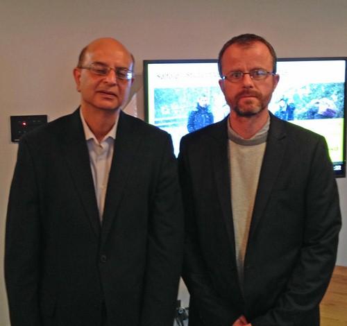 Vincent Barra (à droite sur la photo), directeur de l'ISIMA s'est rendu à Salford en Angleterre