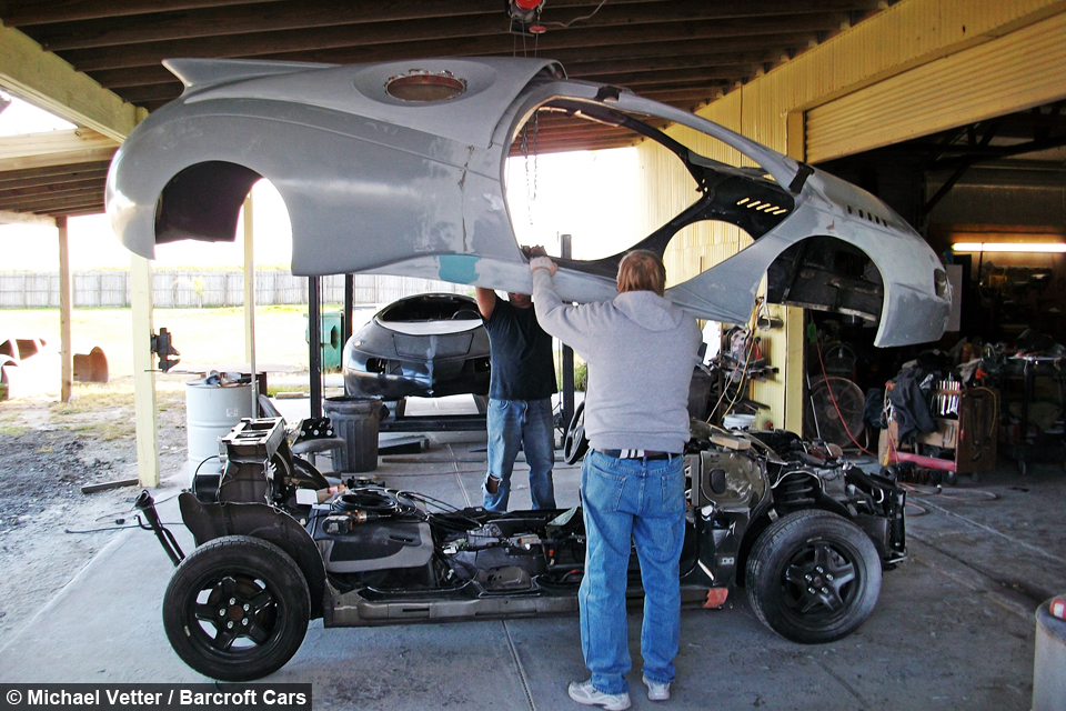 8 Seater Vehicles >> Drive Me To The Moon: Man Builds Space Age Automobiles